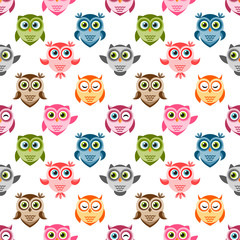 Seamless pattern with cute colorful owls and owlets