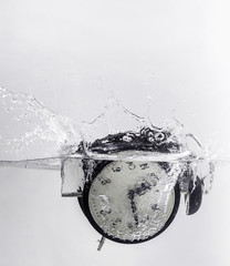 Drowning clock in the water