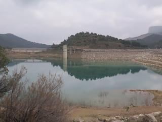 Reflection in Reservoir