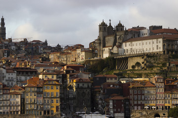 Landscape of the river douro to the port city