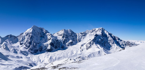 Winter panorama moutain view II