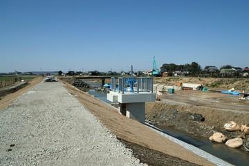 平成24年7月九州北部豪雨で壊れた可動堰新設工事と河川拡張工事の様子