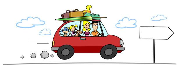Familie fährt in Sommerurlaub mit Auto