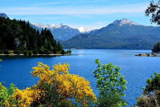 Vista desde Isla Victoria, Bariloche, Argentina