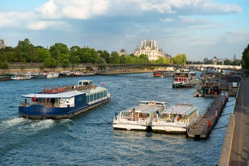 Fototapete - Boats on Seine