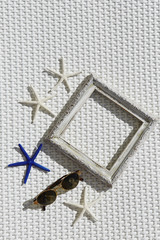 Photo frame with starfishes
