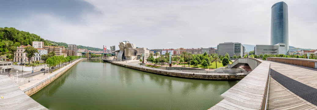 Spain, 13/05/2015,  the Guggenheim Museum Bilbao, the museum of modern and contemporary art designed by architect Frank Gehry