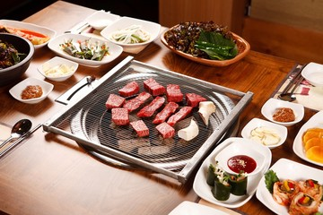 roast beef with korean style table