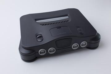 90er Jahre Videospielkonsole