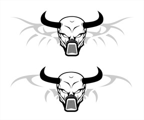 skull with the black horn