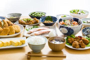 Türaufkleber Gericht bereit 家庭料理