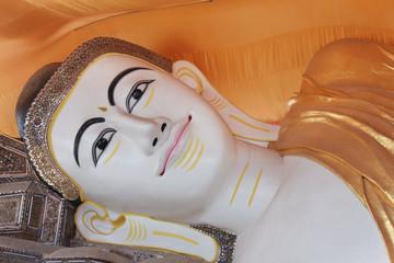 The giant reclining Buddha at Chaukhtatgyi temple in Yangon