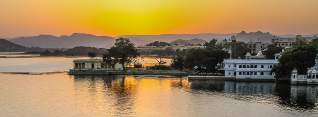 Sunset over Lake Pichola, Udaipur, Rajasthan, India