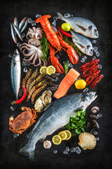 Fototapete - Fresh fish and seafood