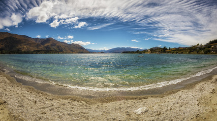 panoramic view over Lake Wanaka in New Zealand