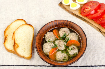 Easy diet soup with white round meat meatballs.