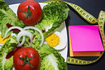 tomato salad and Notepad