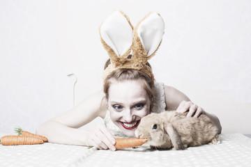 Frau mit Hasen Ostern