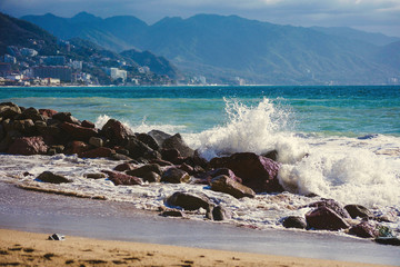 pacific ocean sea waves crashing on shore rocks