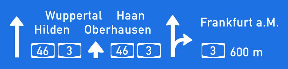 Autobahntafel auf BAB 46 Richtung Wuppertal