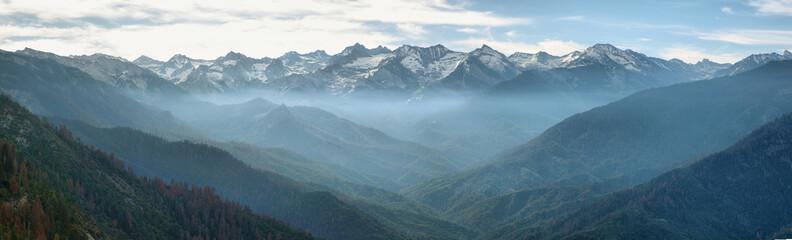 Aluminium Prints Mountains Views from Moro Rock, Sequoia National Park
