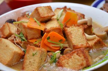 Vegetarian tofu and mixed vegetable