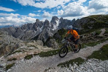 alpcrossing with bike - mountainbike