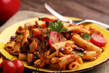 chilli con carne and penne with tomato kidney beans