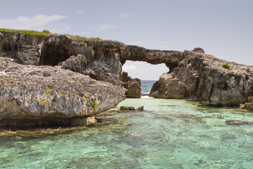 Hell's Gate Island, Antigua