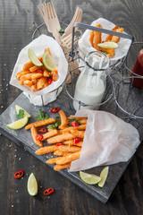 Pommes frites aus Suesskartoffeln