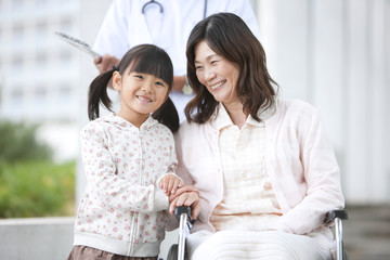 Granddaughter Visiting Granddmothe rin Hospital