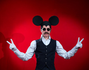 Man with glasses, in the form of a mouse
