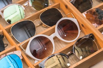 Many fashion glasses on the store