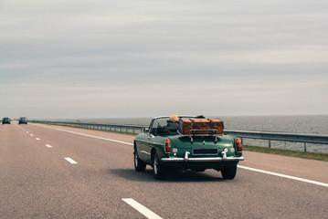 Printed roller blinds Vintage cars Travel together by car, retro cabriolet, vintage luggage