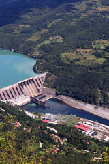 Fototapeten Damm hydroelectric power plant on river