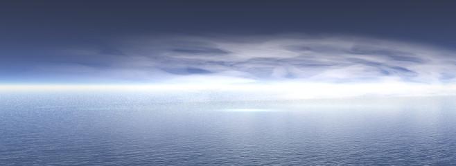 Wolken am Himmel über dem Meer