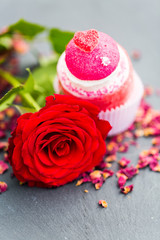 Rote  Rose mit Marshmallow