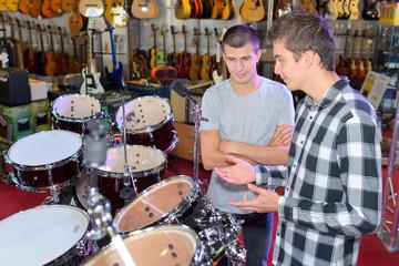 presenting a drum