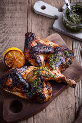 Homemade barbecued chicken with pesto sauce