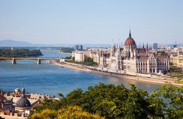 Fotobehang Boedapest Hungarian Parliament in a sunny day