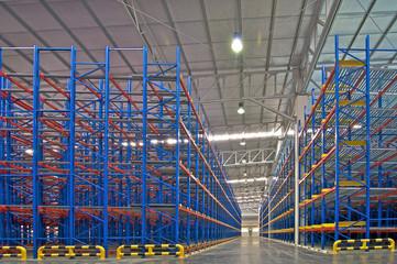 Warehouse  shelving storage metal pallet racking system.