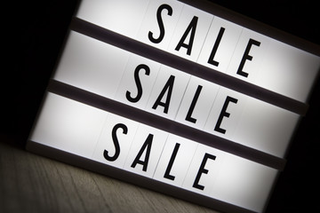 'Sale sale sale' text in lightbox