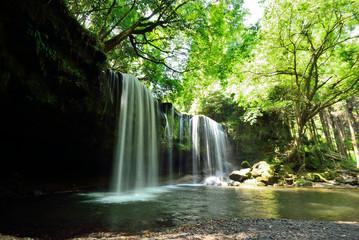 新緑の頃 鍋ケ滝全景 熊本県 九州