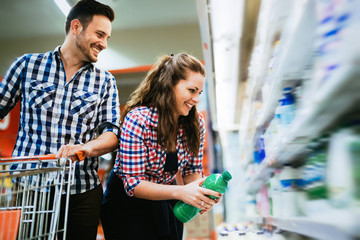 Couple shopping in grocery store