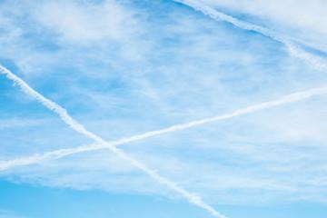 Himmel mit wolkenkreuz