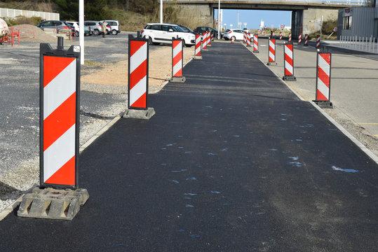 Balise de signalisation de chantier routier