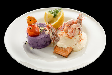 salmon fillet with champagne sauce and purple potatoes