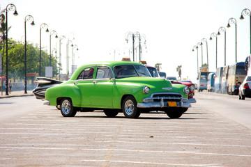 Fotobehang Cubaanse oldtimers Cuba - Havana