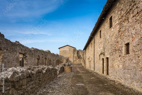 fortezza di civitella del tronto teramo italia antico