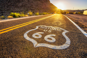 Fotobehang Route 66 Street sign on historic route 66 in the Mojave desert